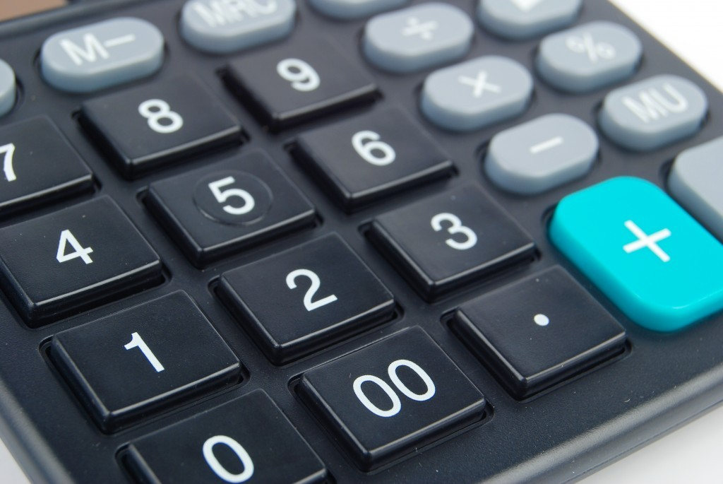 Depositphotos_13506038_original-CALCULATOR-1024x685